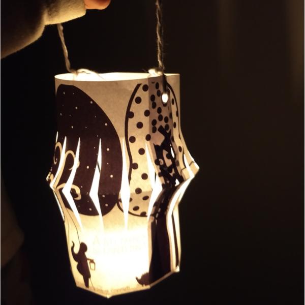 menina-lanterna-printkids-site-lanterna